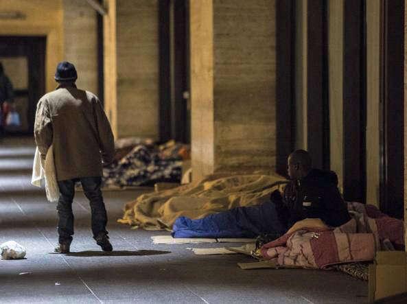 Una cena per i senzatetto